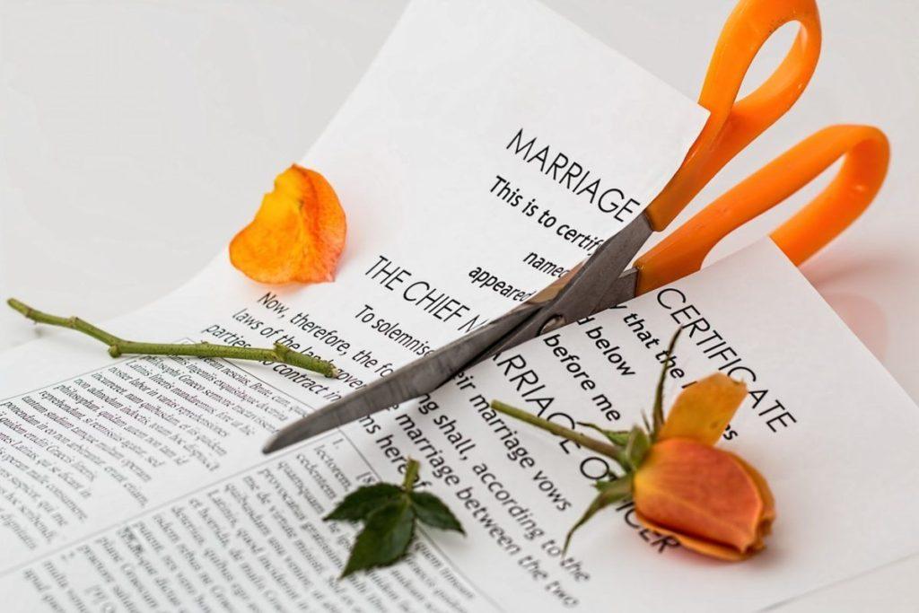 נישואין זה לא זר ורדים